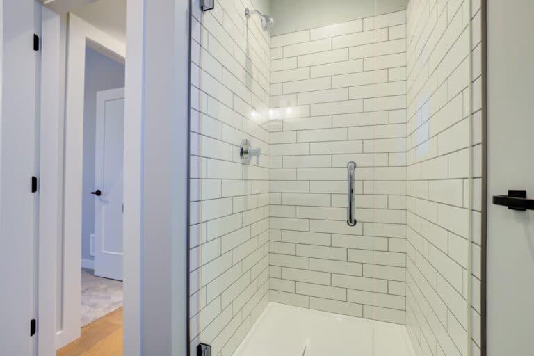 McKinley Beach Lot 7 - Subway Tile Shower