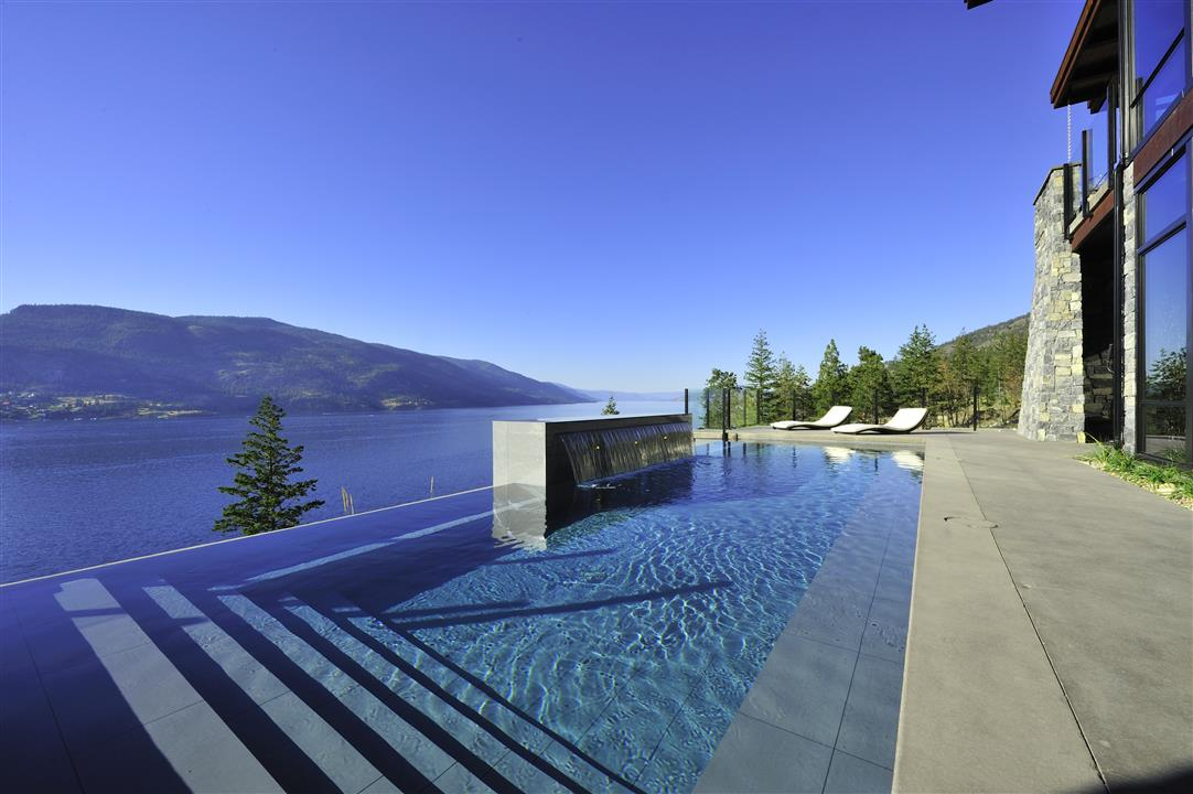 Sheerwater - Exterior Pool