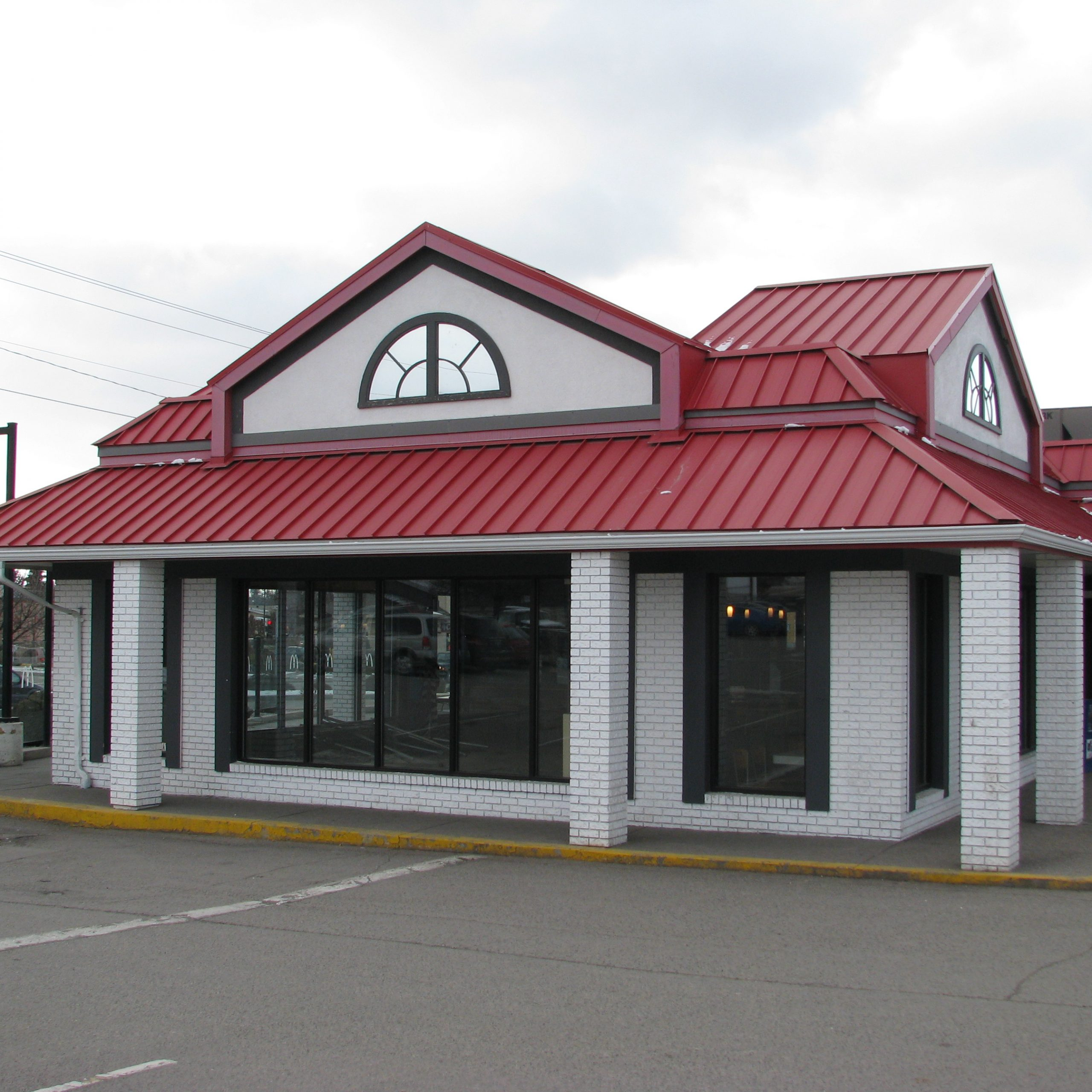 Rykon Commercial Building - McDonalds - Restaurant - Before