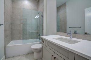 Main Bathroom McKinley Beach - Show Home - Custom Home (13)