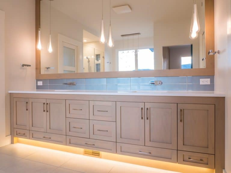 Master Bathroom McKinley Beach - Show Home - Custom Home (23)