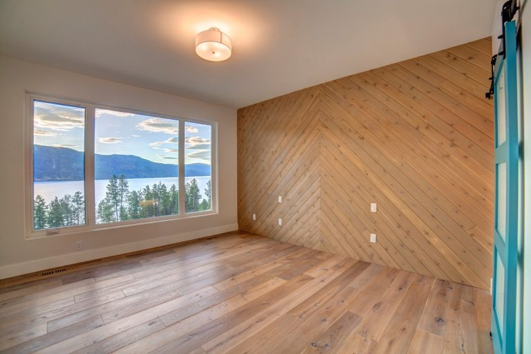 Wallboard McKinley Beach - Show Home - Custom Home (9)