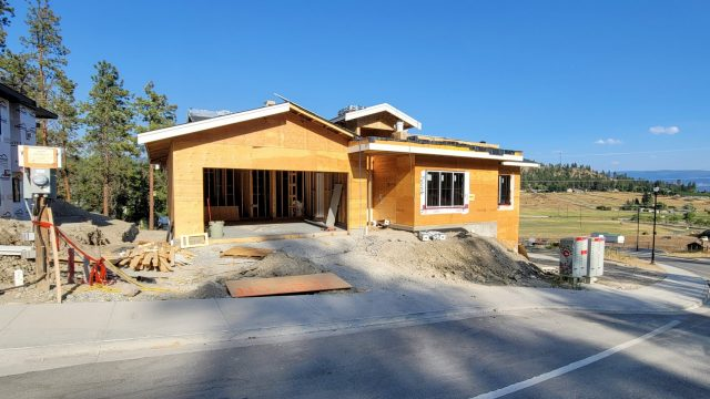 Hidden Lake Lot-14, Roofing and Windows