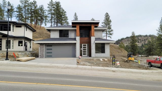 Hidden Lake Lot-8 - Garage Masonry Done