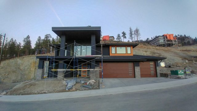 McKinley – Lot 7 Siding Finishes Getting Completed