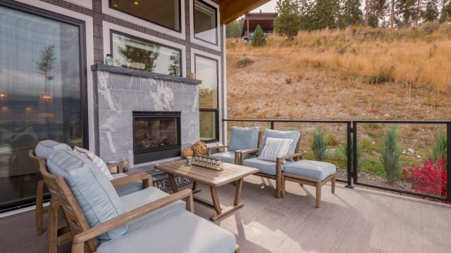Natalie and Jeff (22), Outdoor Dual sided Fireplace