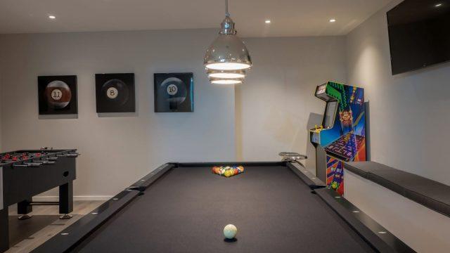 Weinmaster - Wilden Home (20), Custom Home Games Room