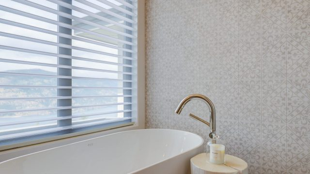 Wilden Custom Home - Millers (33), Free Standing Bathtubs
